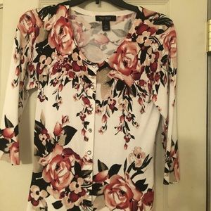 WHBM Rose Floral Snap Front Cardigan. Small